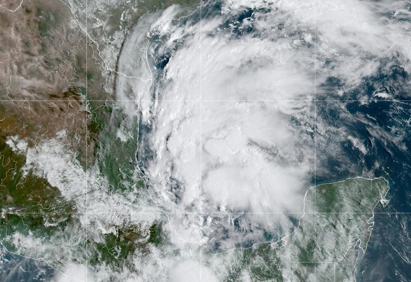 """?m=02&d=20210914&t=2&i=1574719360&r=LYNXMPEH8D00I&w=800 • 焦点:""""艾达""""余波未平""""尼古拉斯""""强风再起 美墨西哥湾油企又要严阵以待"""